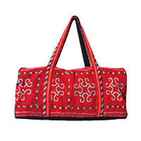 Aromdee Ethno weekender bag cross stitch red XL